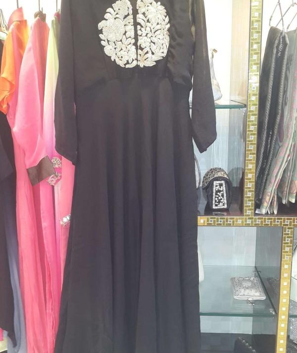 Ap502 Gown