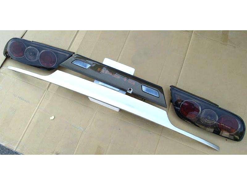 Tail lights +Nissan center Garnish+lower metal kouki 180sx S13
