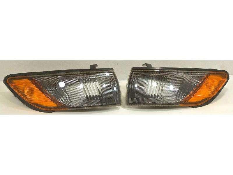 JDM OEM Nissan Silvia S13 PS13 Blinker/corner lights