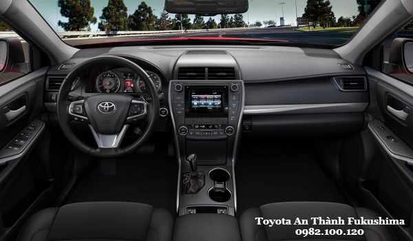 Toyota Camry 2015 Thiet sang trong cong nghe an toan