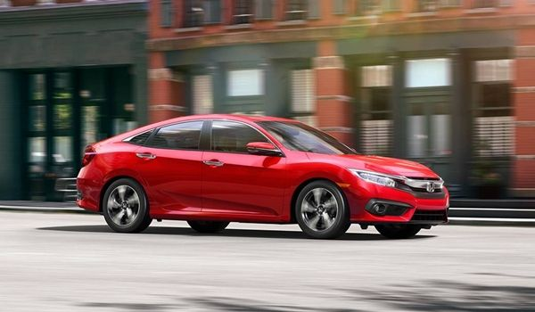 Honda Civic 2017: Thể thao và sắc xảo