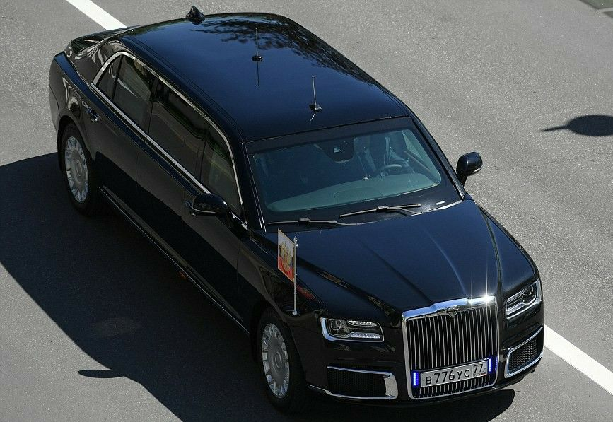 {filename}-Vladimir Putin Sworn In For 4th Term, Rides In New Russian-made Limo