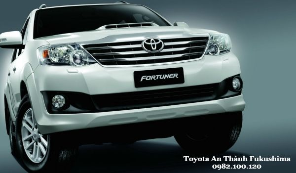 Toyota Fortuner 2016 Manh tay lot xac the he moi