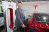 Elon Musk считает, что следует ускорить приход электро-каров