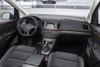 VW Sharan в обновлении получает новые двигатели, оборудование и сдержанный стиль