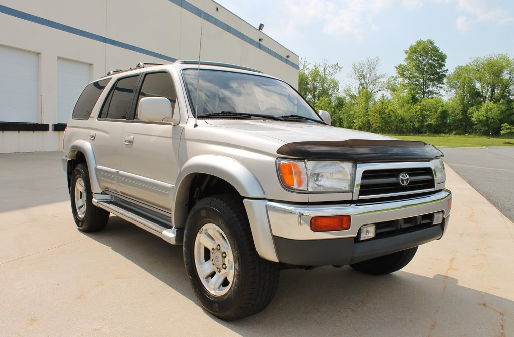 toyota tacoma 4 x 4 2 cheap used cars for sale by owner autos post. Black Bedroom Furniture Sets. Home Design Ideas