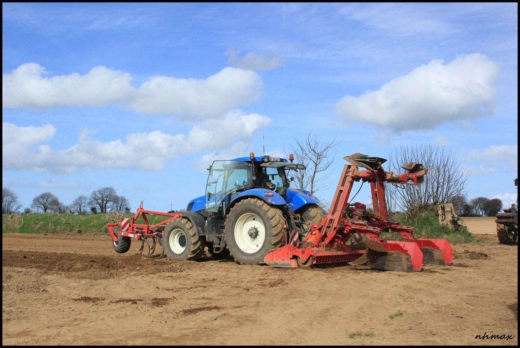 Plantation pomme de terre 2015 chantier n 2 l 39 agriculture le forestier et le tp en bretagne - Periode plantation pomme de terre ...
