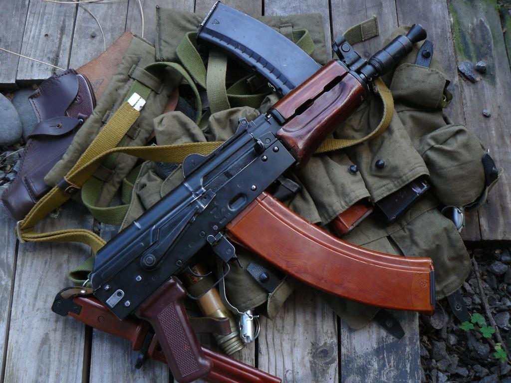 AK-74U With actual silencer image - seeneonu - Mod DB