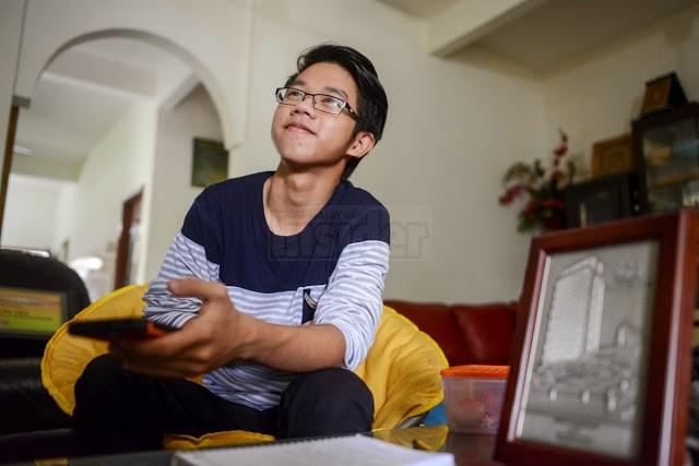 Kerajaan Malaysia penipu - Adi Putra