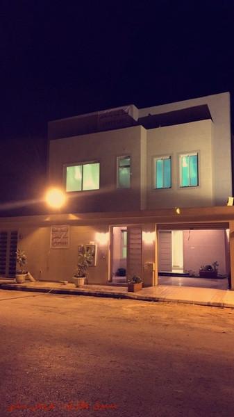 فيلا للبيع شمال الرياض حي الياسمين بناء شخصي ومن المالك مباشرة iaFmxv.jpg