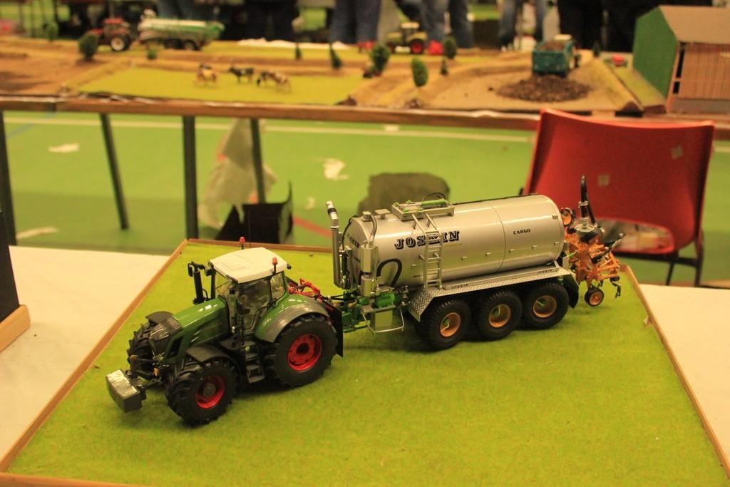 miniature agricole tracteur agricole. Black Bedroom Furniture Sets. Home Design Ideas