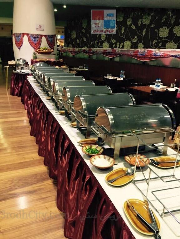 تقرير مصور بوفية افطار رمضان لدى مطعم ريف البلدة VP2NXB.jpg