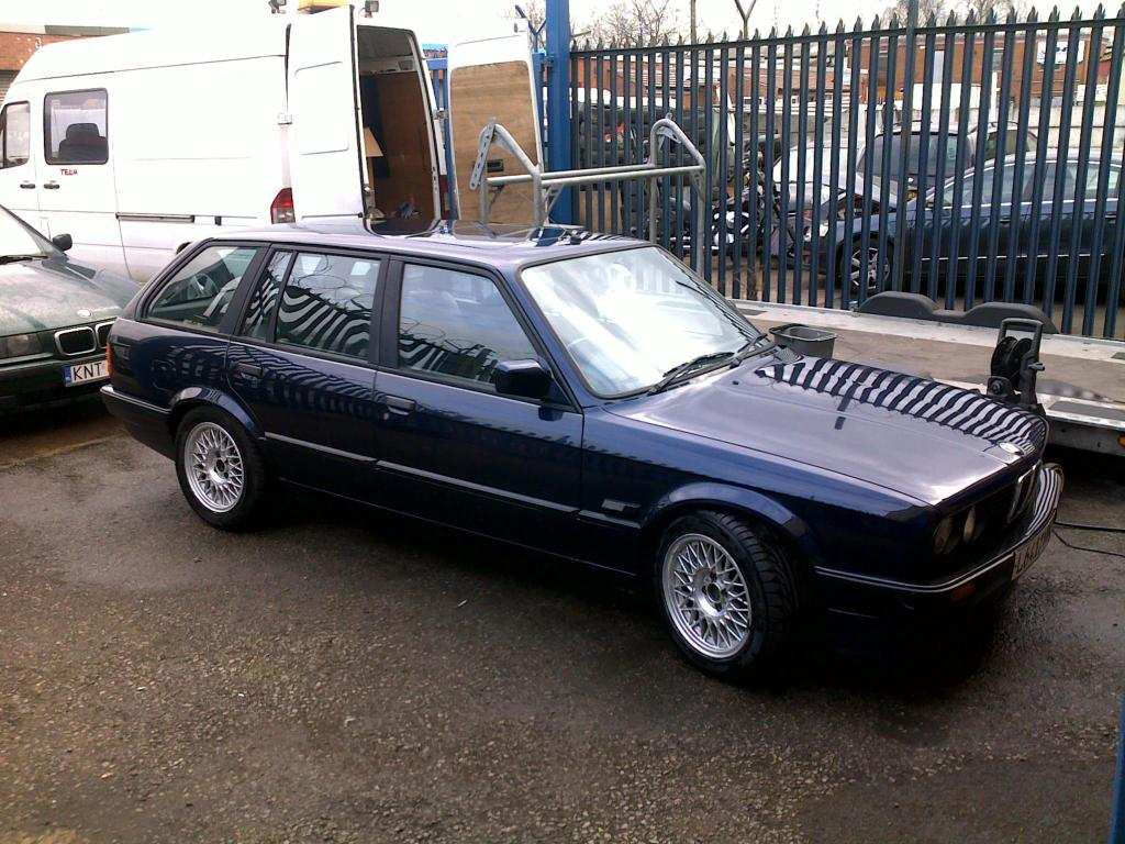 bmw e30 1994 318i lux touring blue 1400 nottingham retro rides. Black Bedroom Furniture Sets. Home Design Ideas