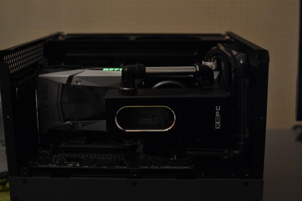 Vf7M20.jpg