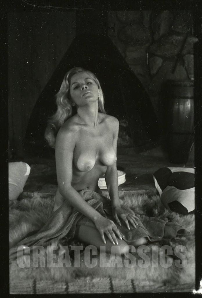 Susane benton nude pictures