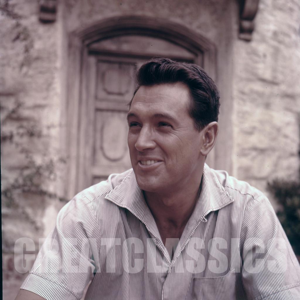 ROCK HUDSON GIANT 1956 CANDID ON SET 2 1/4 CAMERA ...