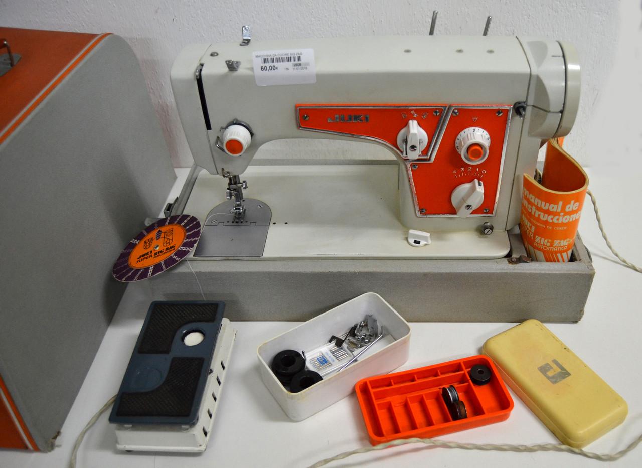 Macchina da cucire juki super zigzag automatica con for Accessori macchina