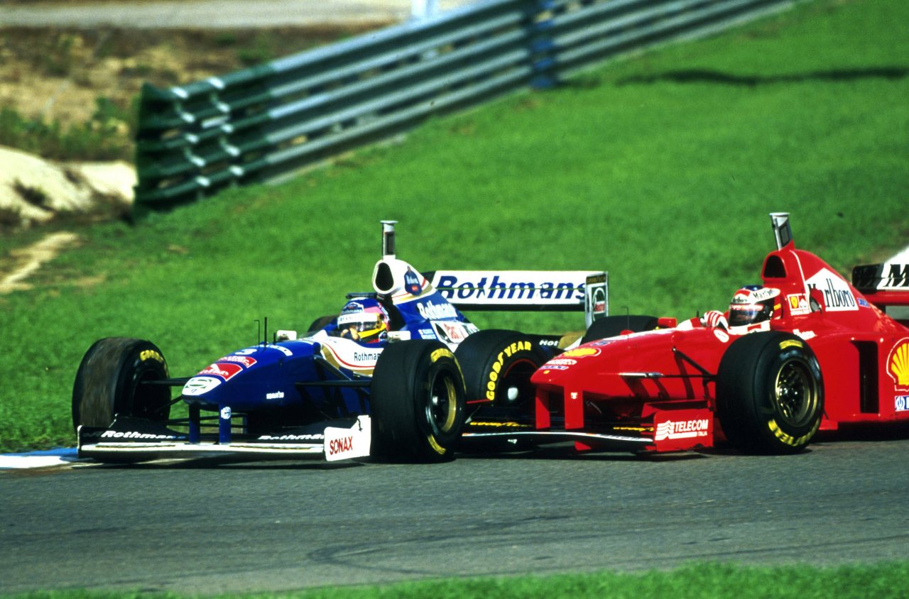 F1 1997 European GP Jerez Jacques Villeneuve Michael Schumacher Crash