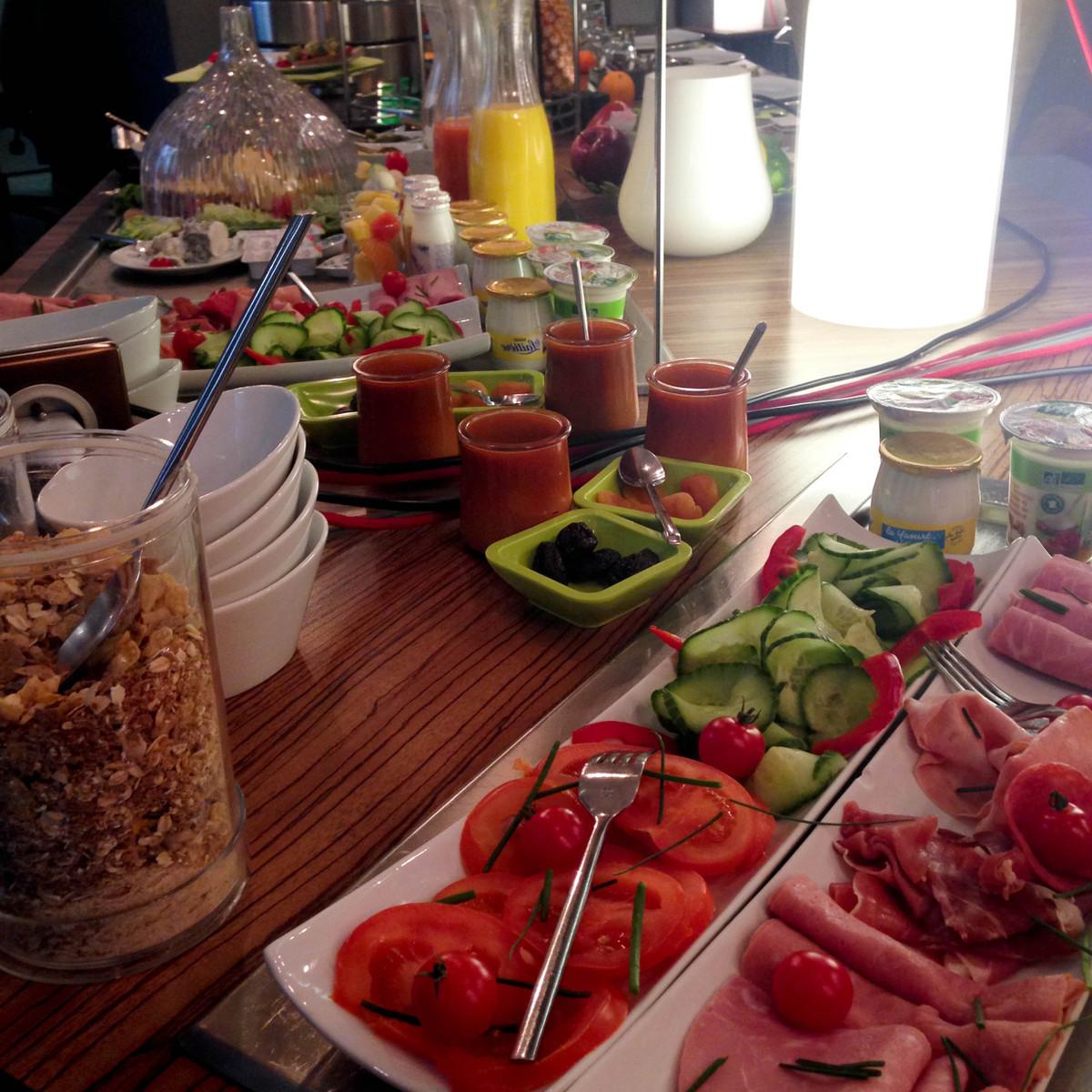 petit déjeuner legend hôtel