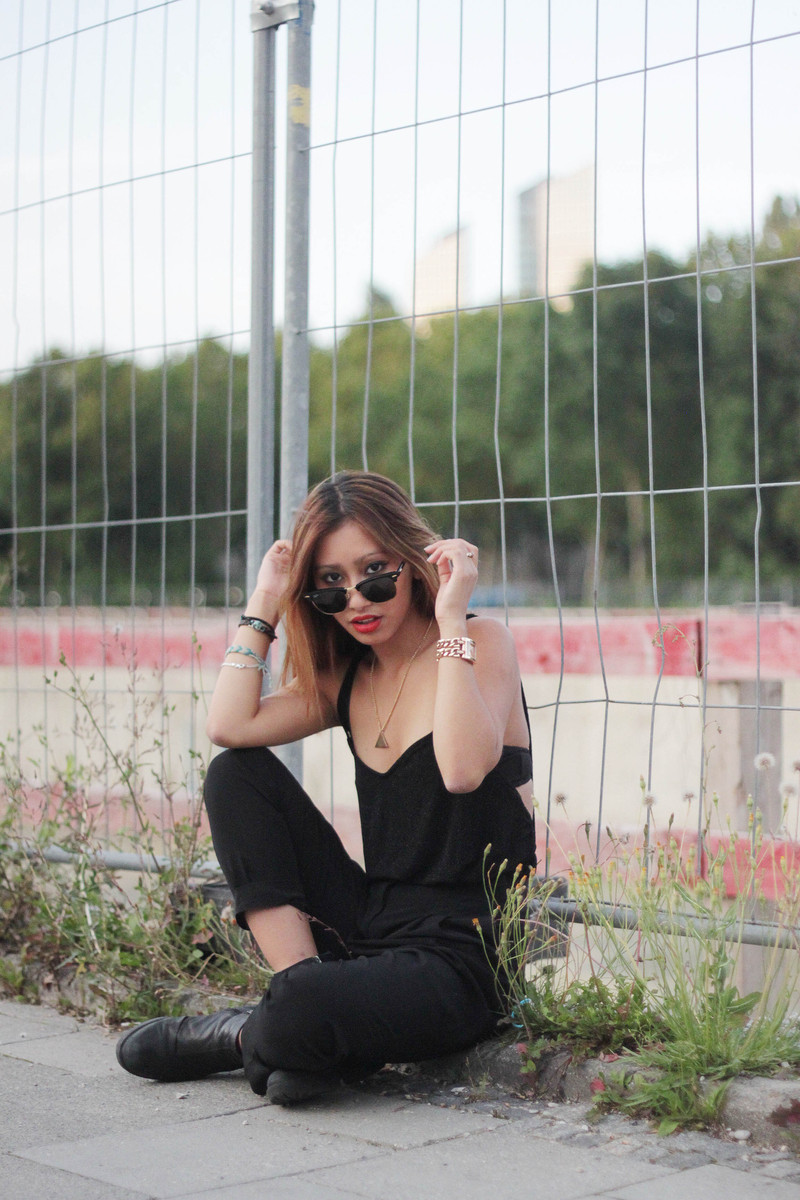 black outfit festival style