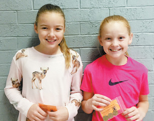 """CEF Recognizes Student Achievement with """"Gold Card"""" Awards"""