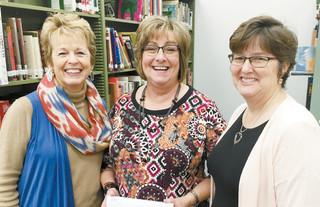 Leedey Teachers Receive Grants