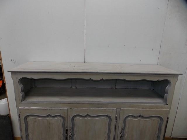 Meuble buffet bahut ancien en bois peint couleur gris for Vendeur meuble