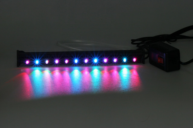 Lampada tubo neon led rgb multicolore 45 cm acqua acquario for Neon pesci prezzo