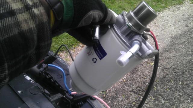03 Fuel Filter Housing
