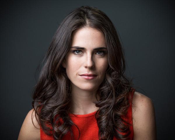 Se estrena en EU con éxito serie donde participa Karla Souza