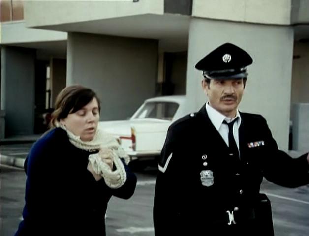 k10l Ephraim Kishon   Ha Shoter Azulai AKA The Policeman [+extra] (1971)