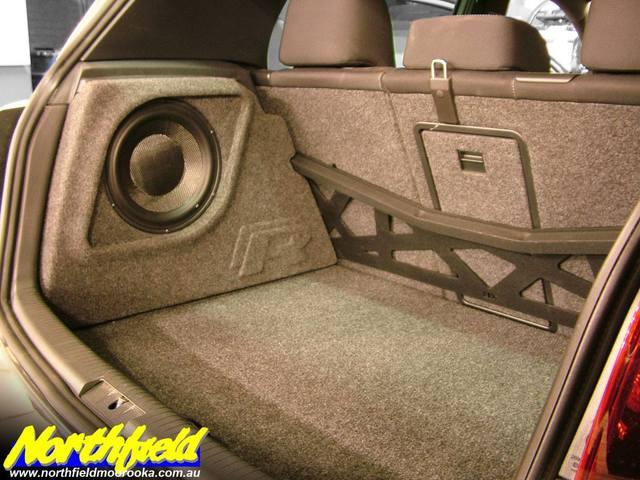 qld golf vi custom a pillars dynaudio esotar 650 110. Black Bedroom Furniture Sets. Home Design Ideas