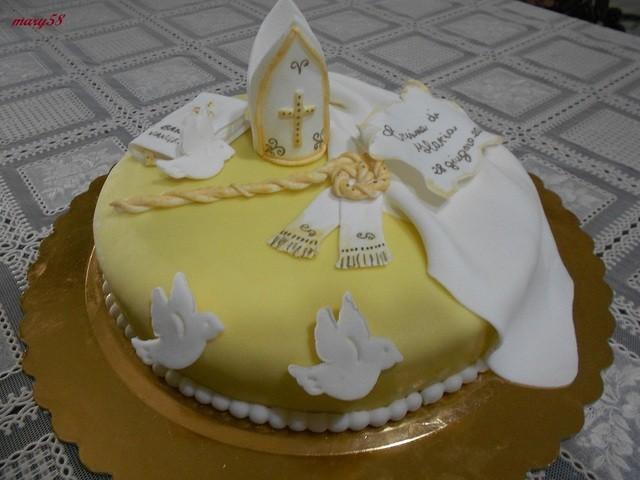 Torta Di Cresima In Giallo