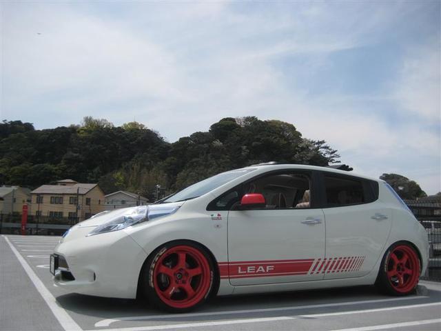 Nissan Leaf Archive