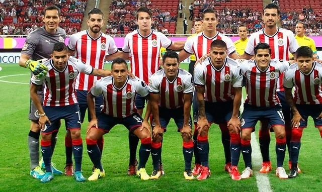 Los jugadores mas valiosos de Chivas según portal especializado