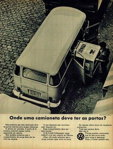 Onde uma camioneta deve ter as portas? Volkswagen Kombi.