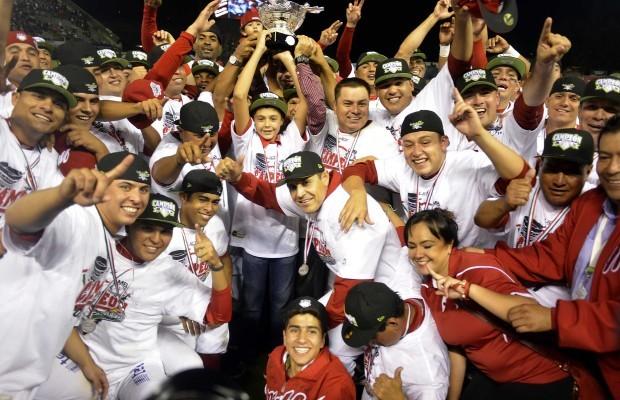 Diablos Rojos del México ganan 9-8 a Puebla y son campeones de la Liga Mexicana de Beisbol