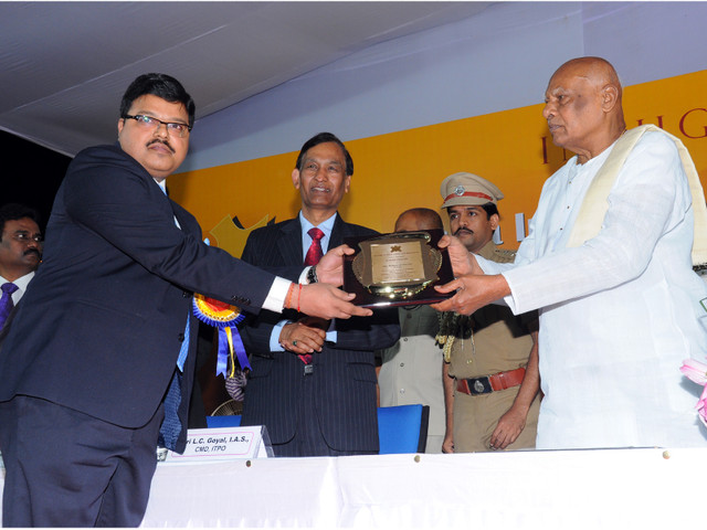 Mallcom tops the 2014-15  Leather Export Awards