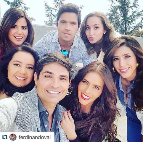 Claudia Álvarez, Ferdinando Valencia y más elenco