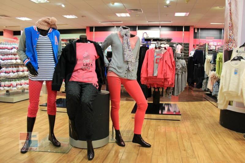 آخر ايام التخفيضات لدى سمينا للملابس والازياء eS0uQU.jpg