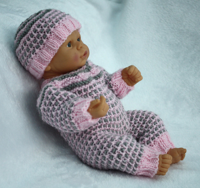 Knitting Patterns For 10 Inch Dolls : Knitting pattern for 10 -12 inch doll bodysuit and hat