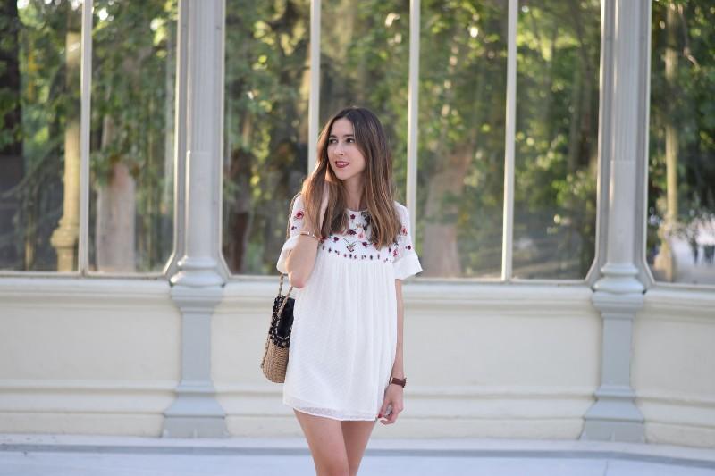 Vestido blanco flores zara bags
