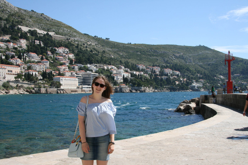 shades of blue outfit fashion dubrovnik off-shoulder denim h&m esprit carpise slip-on