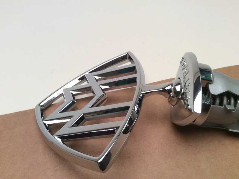 New genuine oem maybach mercedes hood ornament emblem for Mercedes benz hood ornament
