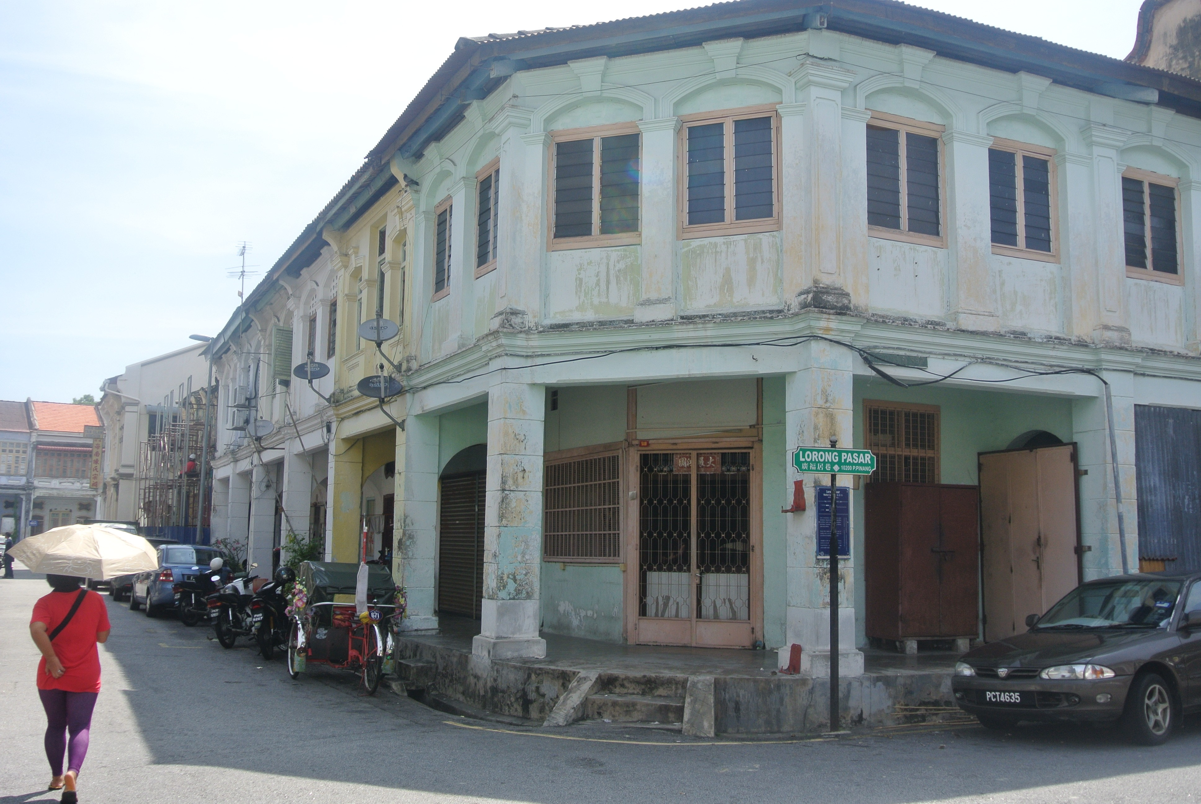 2014 Travel Review: Scene in Georgetown's Old Town, Penang, Malaysia | Todd's Travels Travel Blog