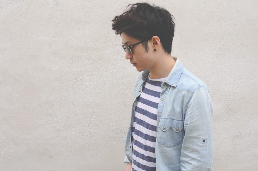 how to wear stripes and denim shirt