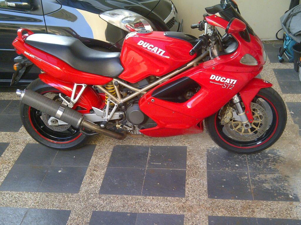 st2 1199 wannabe ducati ms the ultimate ducati forum i have 2000 st2 15k milleage and now i plan to modify the st to become 1199 panigale here are the picture in progress please to hear any comments or