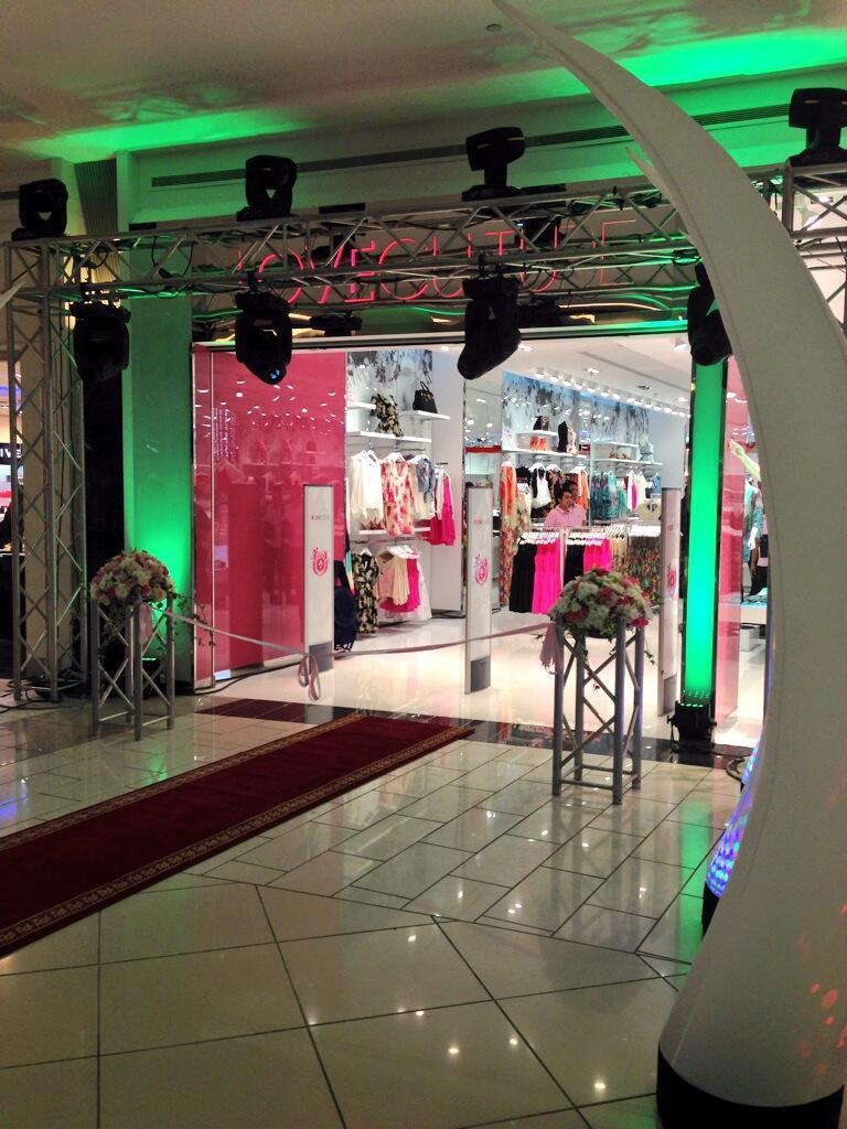 افتتاح لوف كلتشر loveculture للأزياء النسائية في الرياض غرناطة مول vZ07M1.jpg
