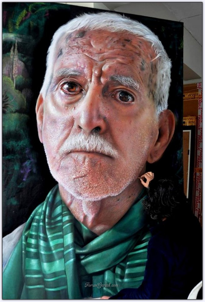 Ressam Mustafa Yüce'nin Yapmış Olduğu <b>Hüseyin Yüce</b>'nin Portresi - hed1jH