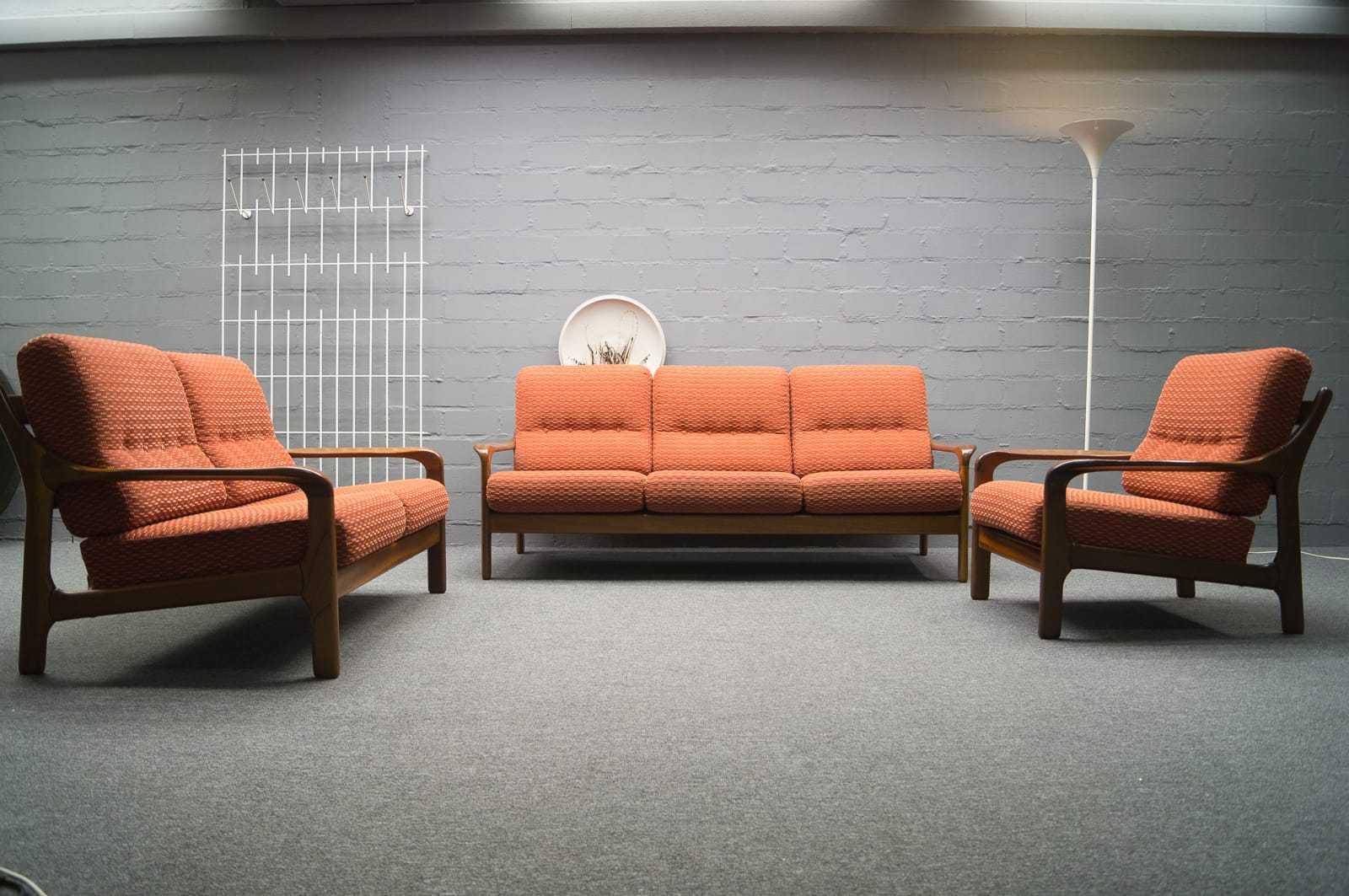 Skandinavische 3er sofa 2er sofa 1 sessel hocker for Skandinavische sofas